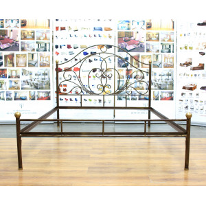 Кровать Лора кованая с металлическими царгами с решеткой 1400*2000 цвет №13 шоколад + патина солнечное золото